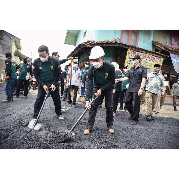 Gebyar Gerakan Tutup Lubang (GTL) Bupati di Desa Tanggulun